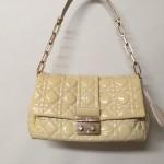 【Dior】エナメルバッグをカラーチェンジ(色替え)修理しました